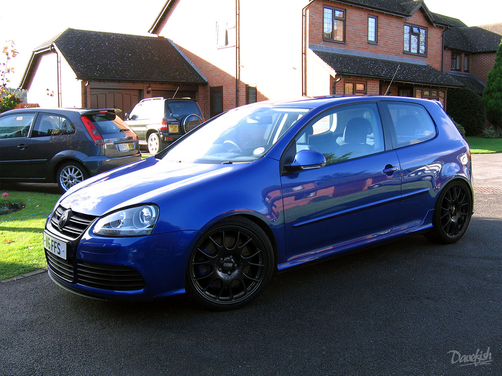 mk5 r32 with black wheels photos required general chat r32oc vw golf r32 golf r and. Black Bedroom Furniture Sets. Home Design Ideas